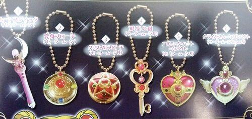 sailormoon-2014-die-cast-moonstick-brooch-time-key-gashapon-set